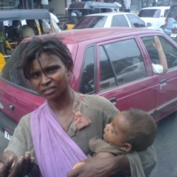 street-beggar-with-child.JPG